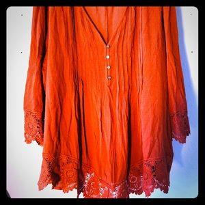 VENUS burnt orange tunic with beautiful lace